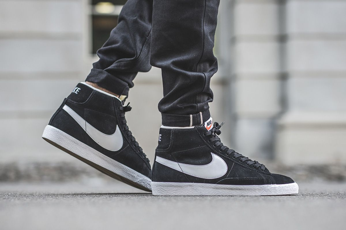 sports shoes c3340 47406 Nike Drops Blazer Mid in Premium BlackWhite Colorway