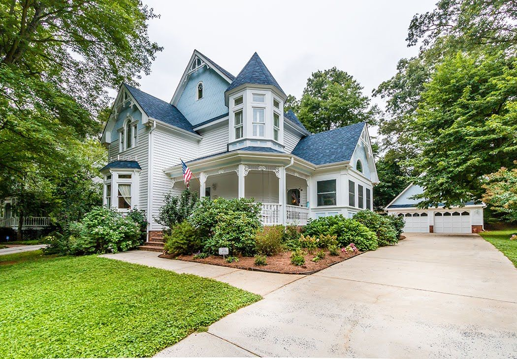 Hot victorian home for sale in charlotte dont miss this