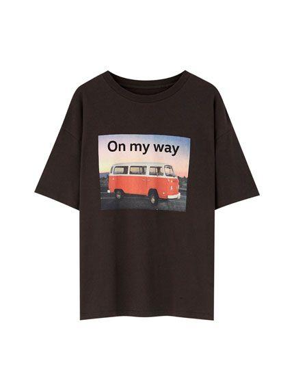 T-shirt Volkswagen com camioneta - PULL&BEAR
