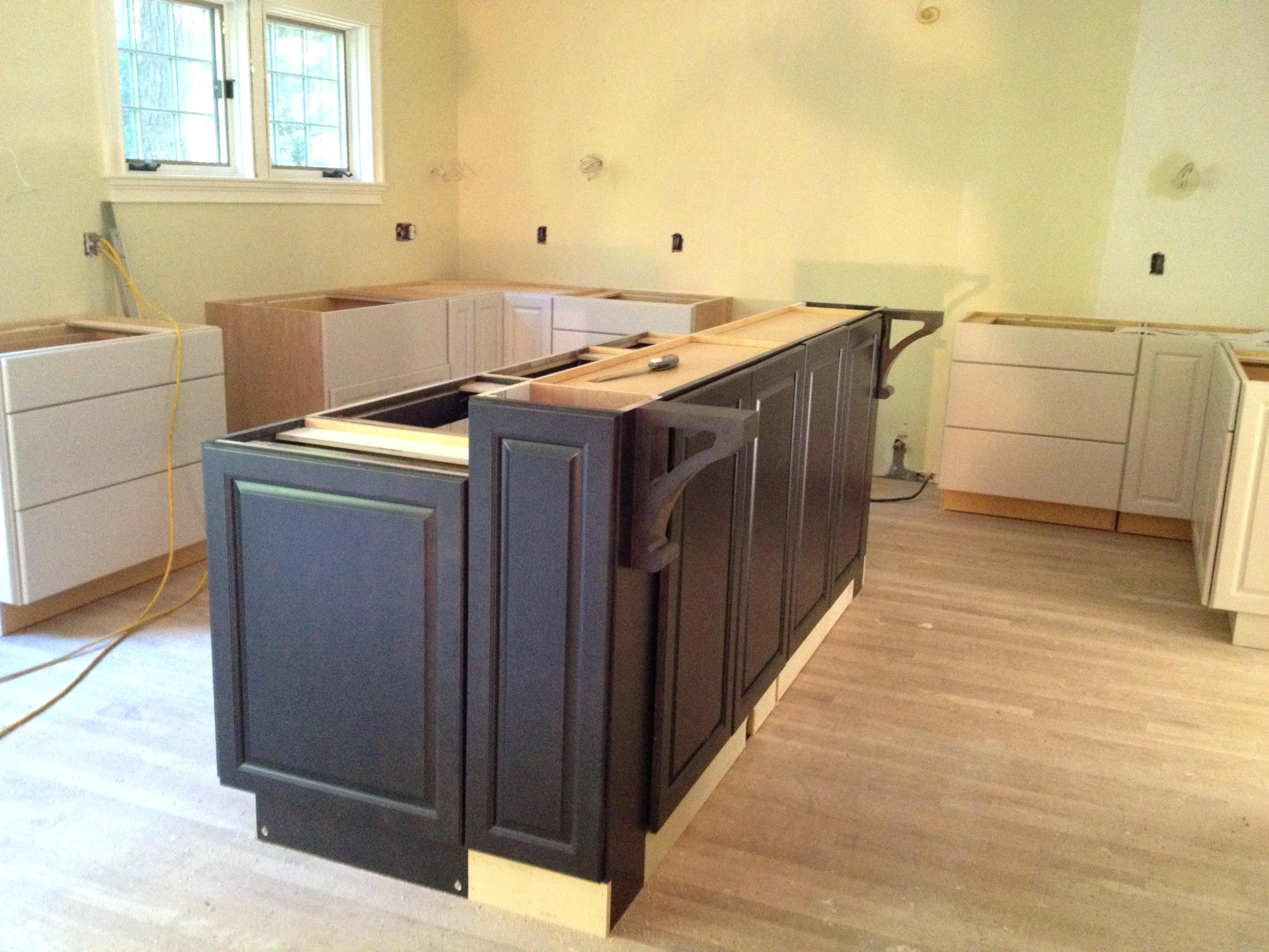 Building Kitchen Island Bar Breakfast Islnd Cbinets Ing Diy Base Cabinets Building A Kitchen Diy Kitchen Island Kitchen Island Plans