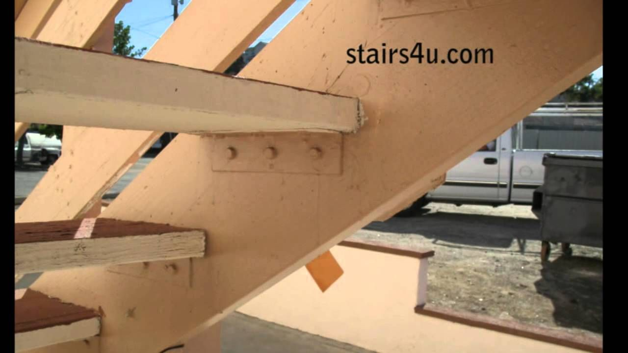 Best Four Methods For Attaching Wood Treads To Stair Stringers 640 x 480