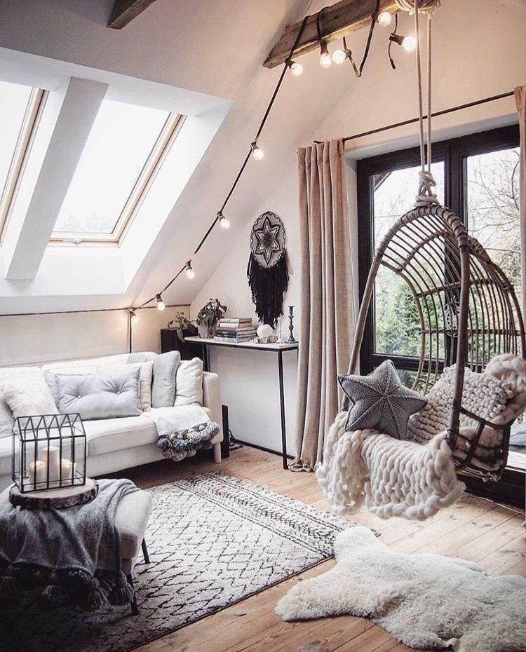 Pin von anouk kaiser auf diy and crafts pinterest entspannungsraum wohnzimmer tapete und - Wohnzimmer dachschrage ...