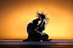 Tantrik Seks: Nedir, Egzersizleri ve Pozisyonları - Tantrik Seks Tekniklerine başlamak Sevişmelerin çeşitlerinde başlangıç ile bitiş arasındaki ortalama süreç 10 ile 15 dakika arasındadır. Bir kadının uyarılabilmesi için genelde 20 dakika gerekmektedir. Bu 10-15 dakikalık süreç göz önüne alındığında sevişmelerin çoğu her iki partner içinde tatmin edici olamamaktadır. Tantrik modelde ise cinsel deneyimlerin başlangıcı ya da sonu olmayan bir dans olarak görülmektedir. Sevişme meditasyon ...