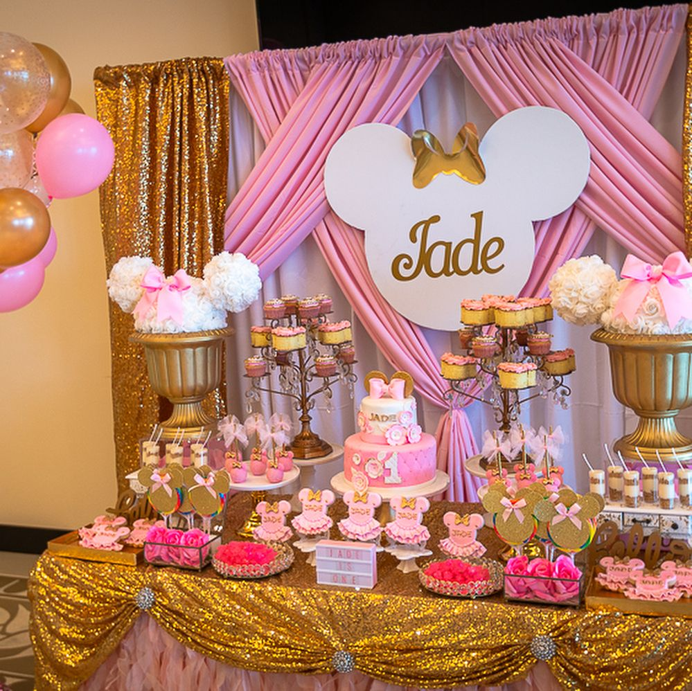 Sugarcitydesigns 1st Birthday Sweets Table And Take Away Bo Minnie Mouse Party Decorations Minnie Mouse Birthday Party Decorations Minnie Mouse Birthday Theme