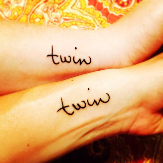 Matching twin tattoos in our mother 39 s handwriting for Twin tattoos for mom