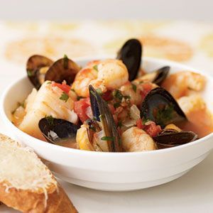 Cioppino-Style Seafood Stew #seafoodstew