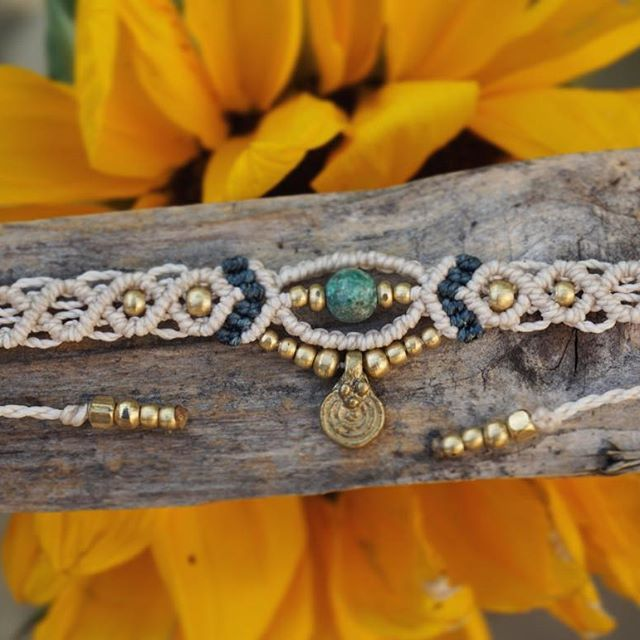 New Makramee Choker online ☝️ #makrame #makramee #makrameeschmuck #choker #kette #necklace #micromacrame #macrame #macramejewelry #falkensee #berlin #berlinfashion #handmade #handicraft #handmadejewelry #schmuck #kunsthandwerk #sonnenblume #sunflower #sonya6000 #sonyalpha6000 #etsy #etsyde #etsyshop #gemstone #perlen #madeinberlin #handgemacht #madewithlove