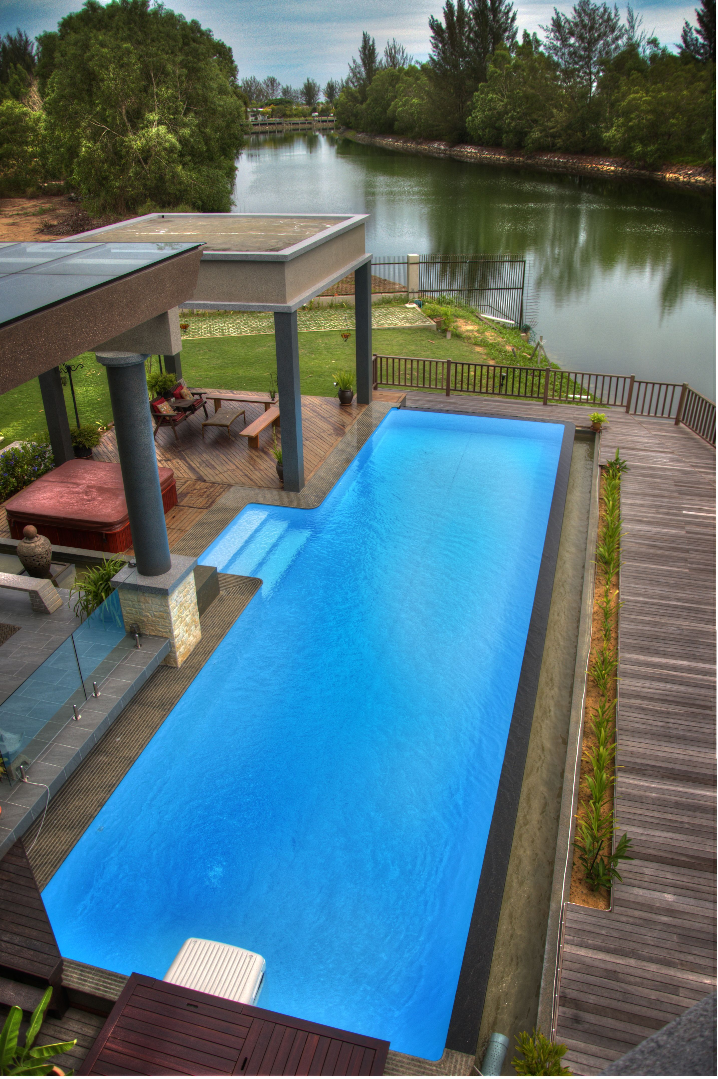 Infinity feature pool (15m x 4m x 1.2m) | Desjoyaux Pool | Outdoor ...