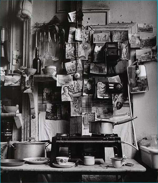 Robert Doisneau. This could be my wall if I got all my postcards and pics out of storage...