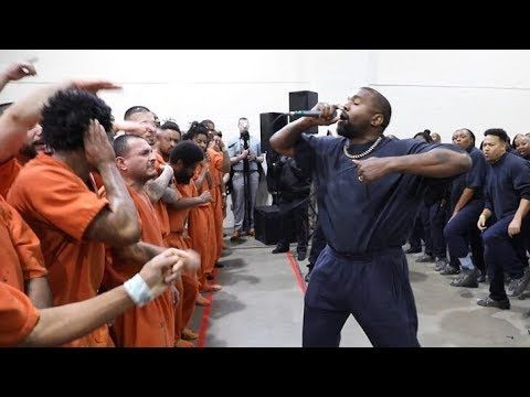 Kanye West Performs In Houston Jail With His Sunday Service Choir Youtube Kanye West Kanye Jail