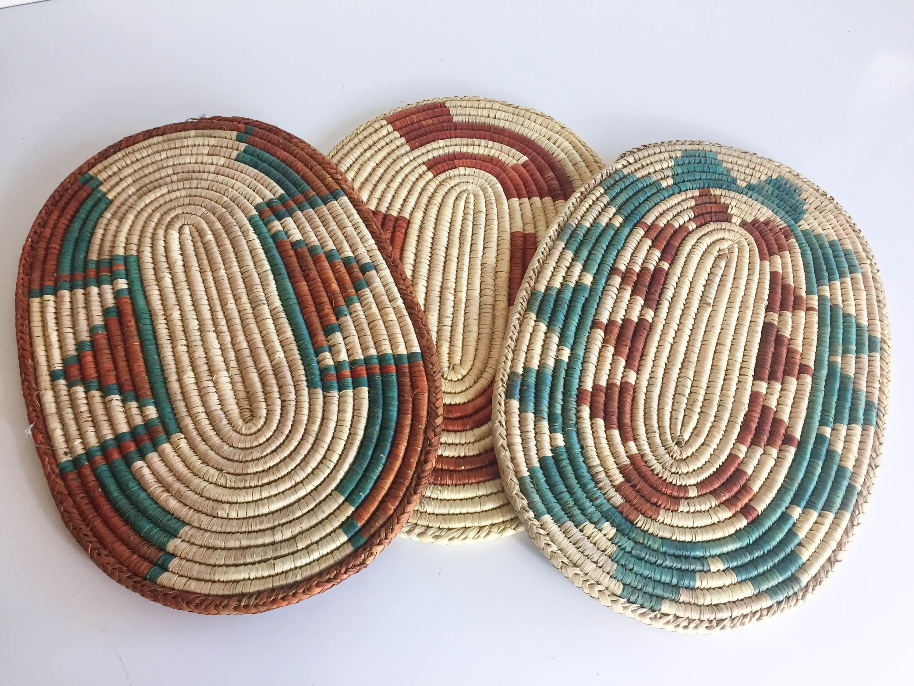3 Southwestern Oval Coil Wall Hanging Plate Holder Baskets by JoplinDallasVintage on Etsy & 3 Southwestern Oval Coil Wall Hanging Plate Holder Baskets by ...