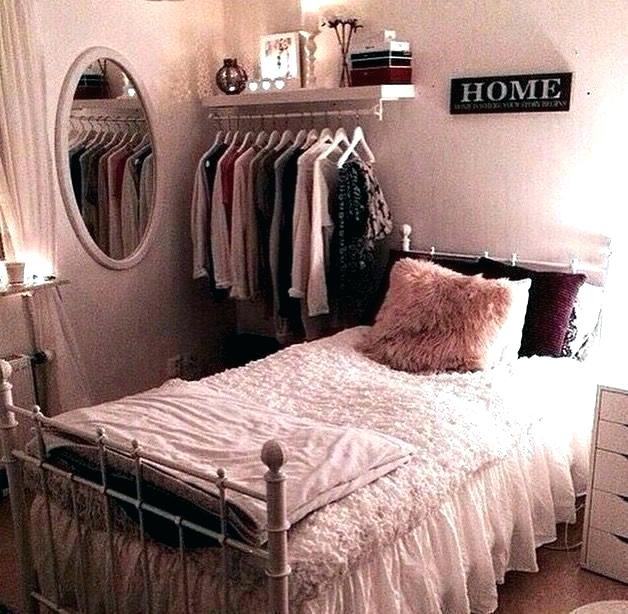 Fascinating Teenage Simple Bedroom Ideas For Small Rooms Decorating Styles 2020 With Small Bedroom Decor Small Bedroom Decorating Ideas Diy Cheap Bedroom Ideas