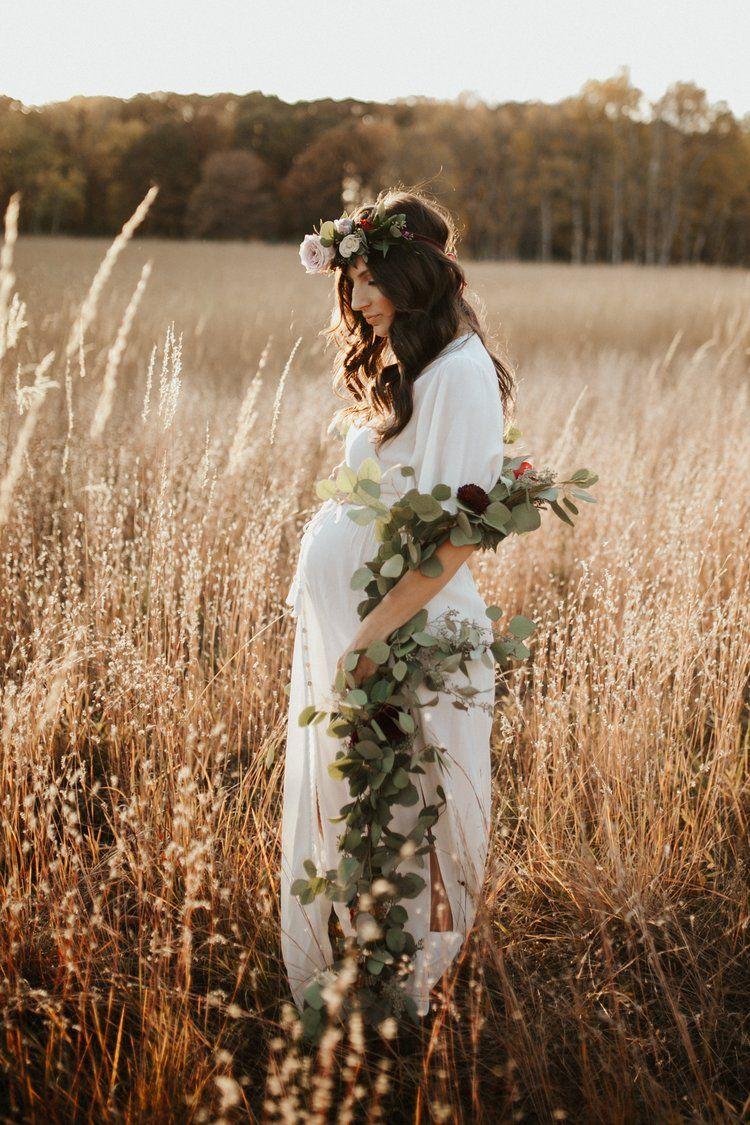 Styled Boho Maternity Shoot With April And Blake Ester Knowlen Photography Boho Maternity Boho Maternity Shoot Boho Maternity Photos