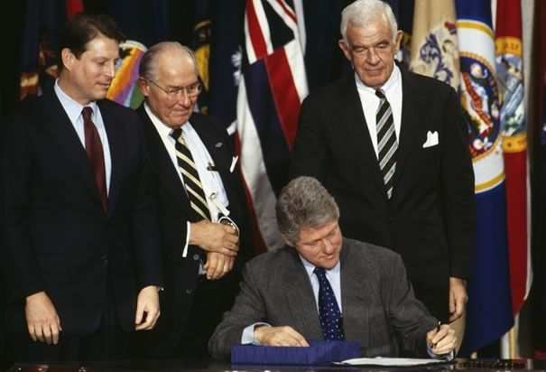 Bill Clinton Photos History Picture Galleries Signing Nafta