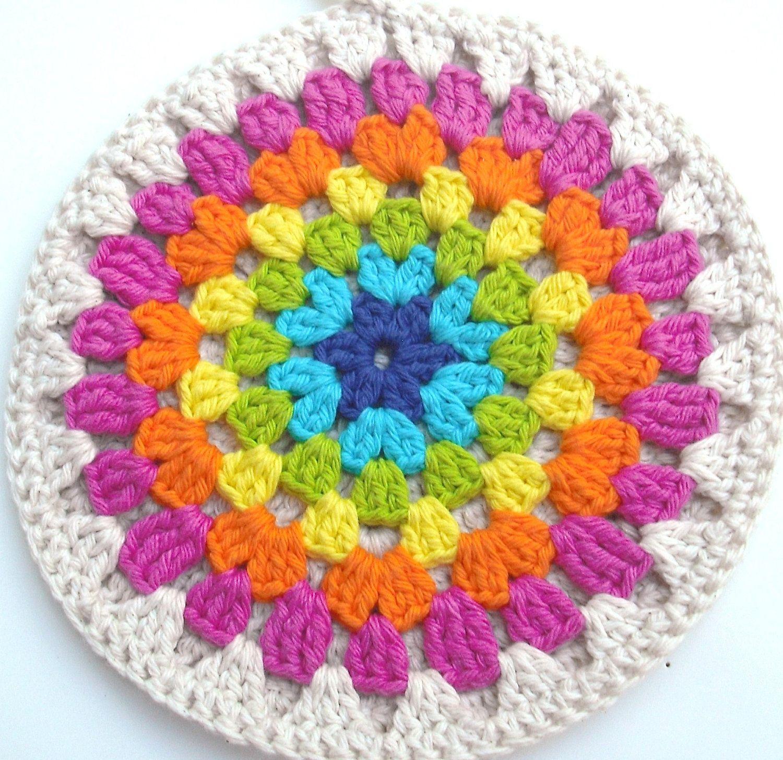 Trivet - Crocheted Cotton in Round Neon Rainbow | Garn und Häkeln
