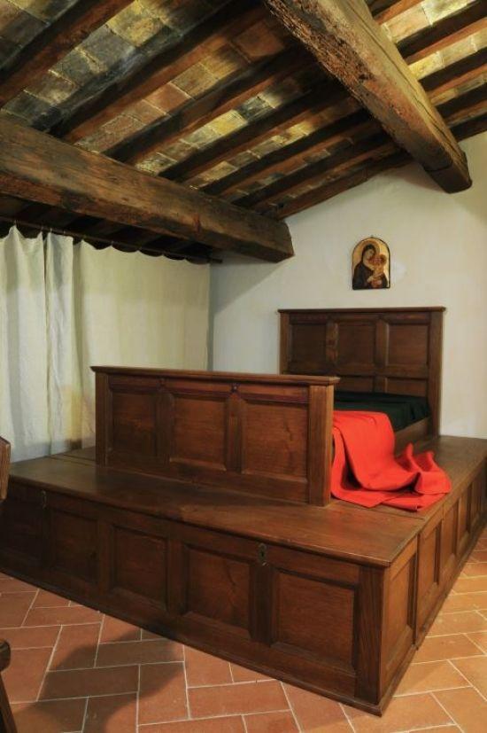 Inside Casa Di Dante Interno Di Casa Dante Alighieri Case