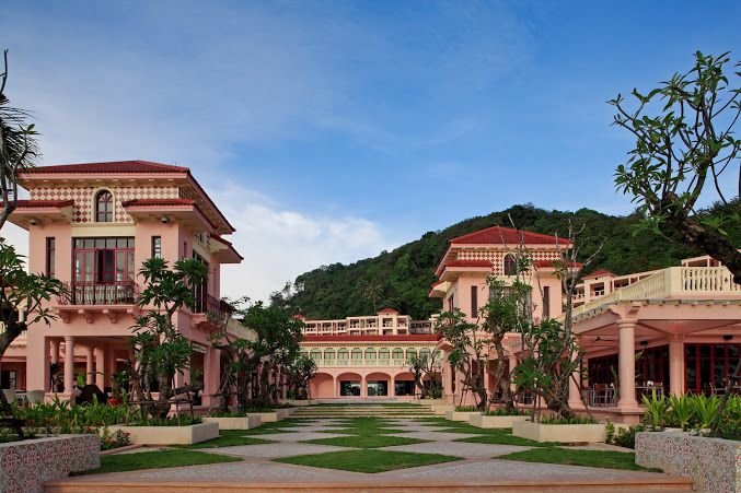One of Phuket's defining features of is its lovely old Sino-Portuguese architecture