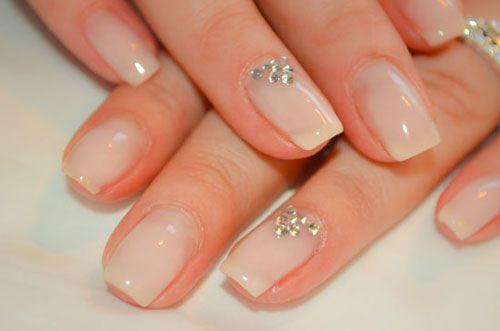 Manicure-sposa-2016-bianco-latte.jpg (500×331)