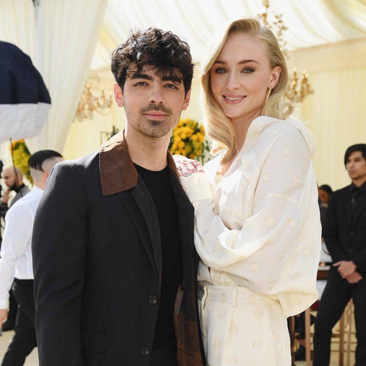 Sophie Turner, Joe Jonas Married, Celebrity