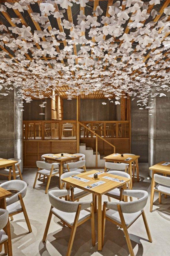 nozomi sushi masquespacio l g ret restaurant japonais et preau. Black Bedroom Furniture Sets. Home Design Ideas