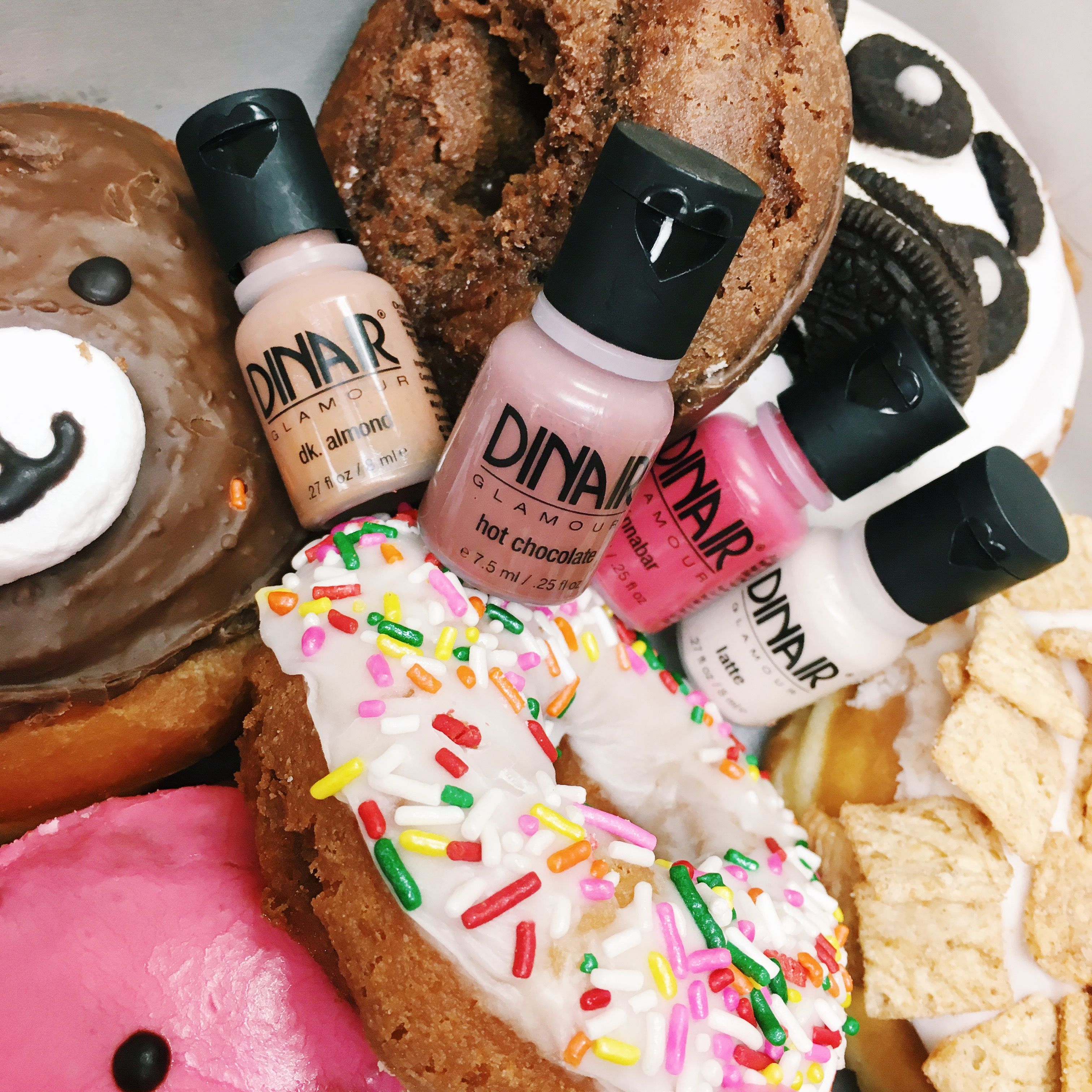 Dinair & Donuts! Airbrush makeup kit, Airbrush makeup