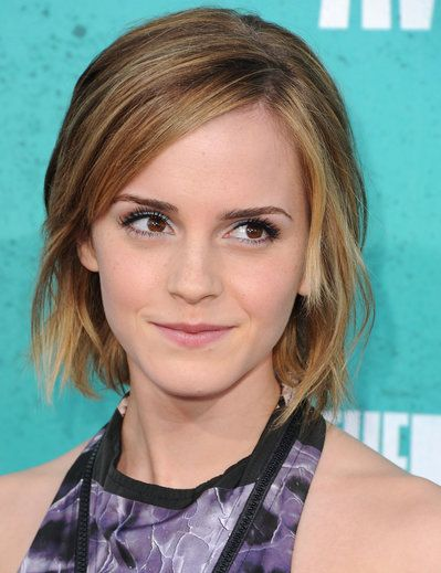 Emma Watson Chops Off Her Hair Again Hair And Beauty Bob Frisur