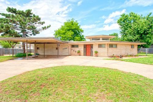3501 Nw 65th Terrace Oklahoma City Ok 73116 Is For Sale Mid Century Modern House Terrace Oklahoma City