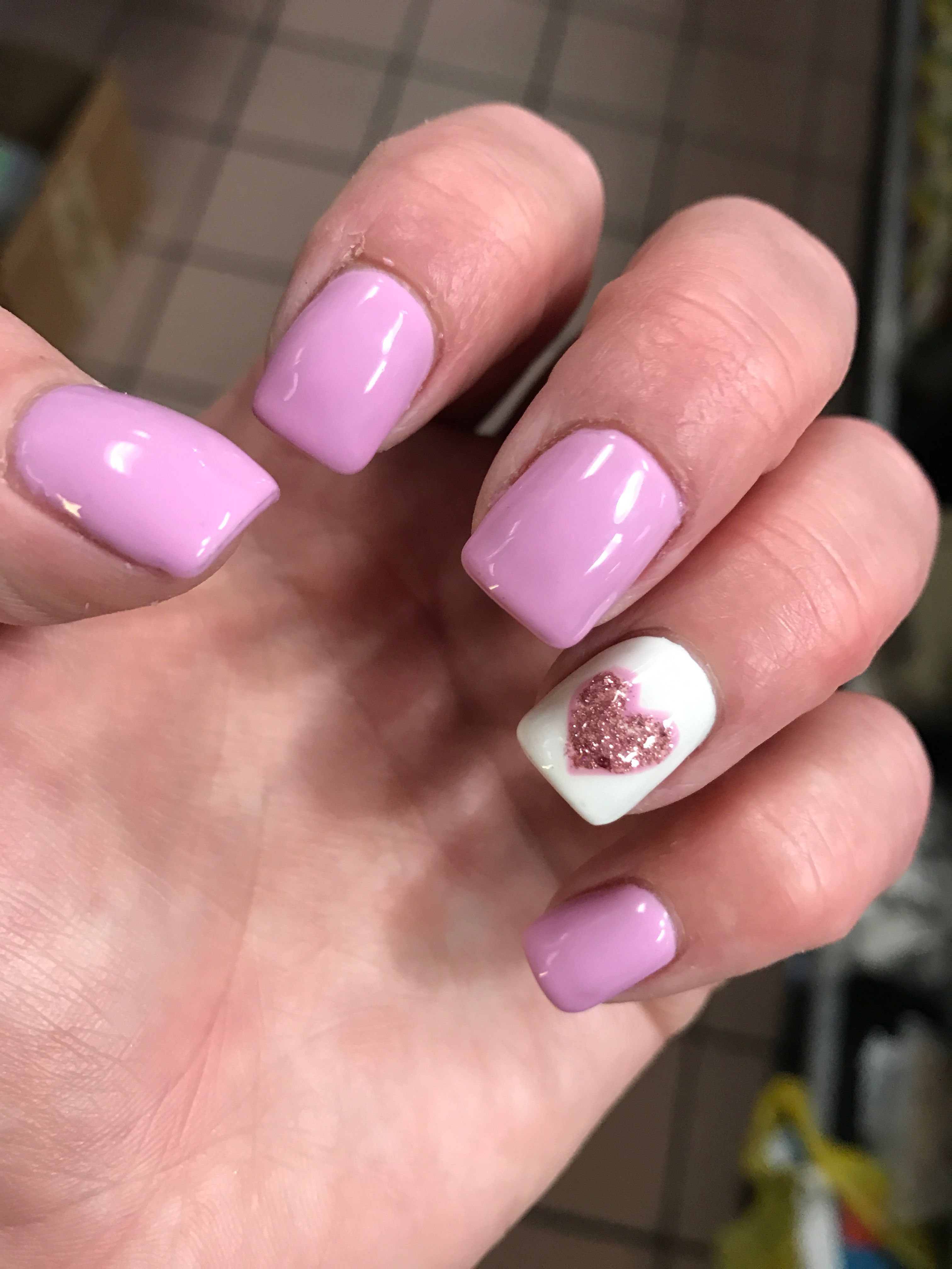 Valentines Day Nails 2017 Pink Lilac Gel Manicure Accent Nail White With Confetti Heart
