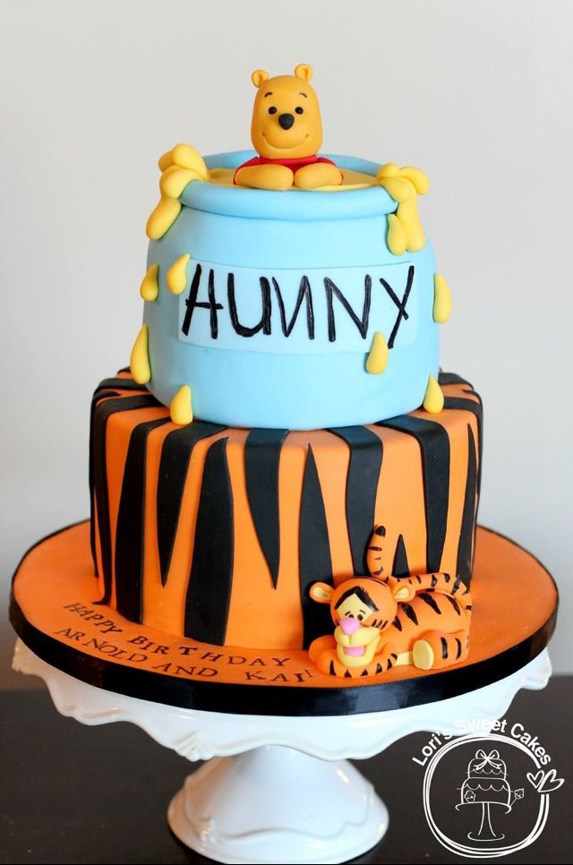 Winnie the pooh cake lori 39 s sweet cakes kuchen geburtstagskuchen geburtstag - Winnie pooh kuchen deko ...