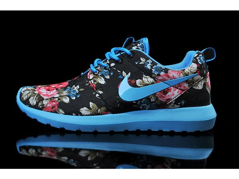 1a4ab8f37752 Lightning Shoes-Nike Woman s Roshe Run Print London Olympics