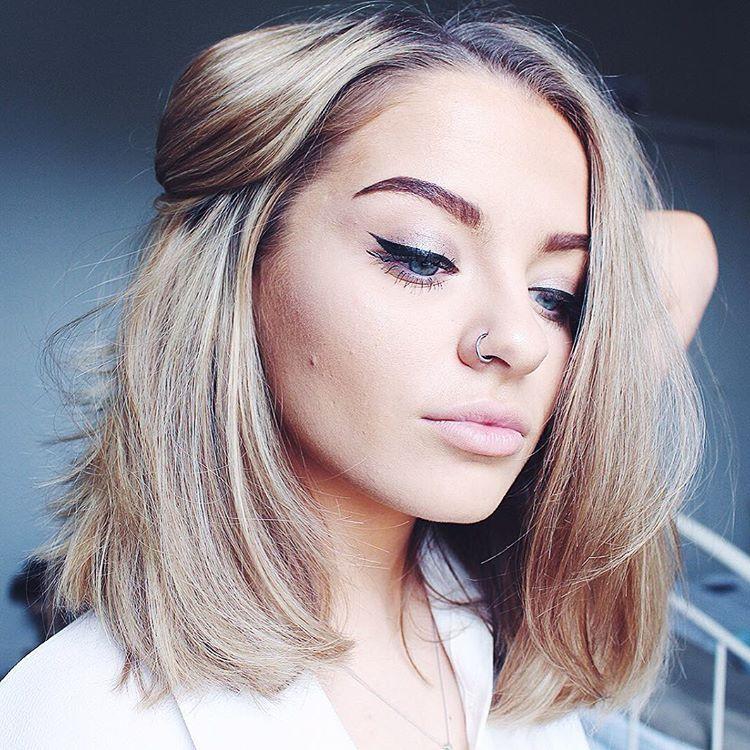 Blow Dry Medium Length Blonde Hair 2016 Style Fashion Lob