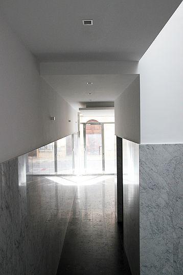 Edificio de oficinas. Office buiding in Manacor, Mallorca by Galmés i Mansergas arquitectes.