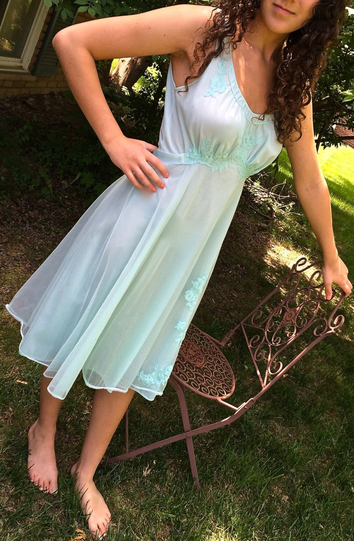 a5eb1e8cd5b3 Wonderful turquoise nightgown