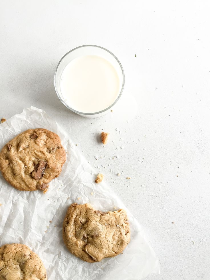 ... one bowl chocolate chip cookies ...