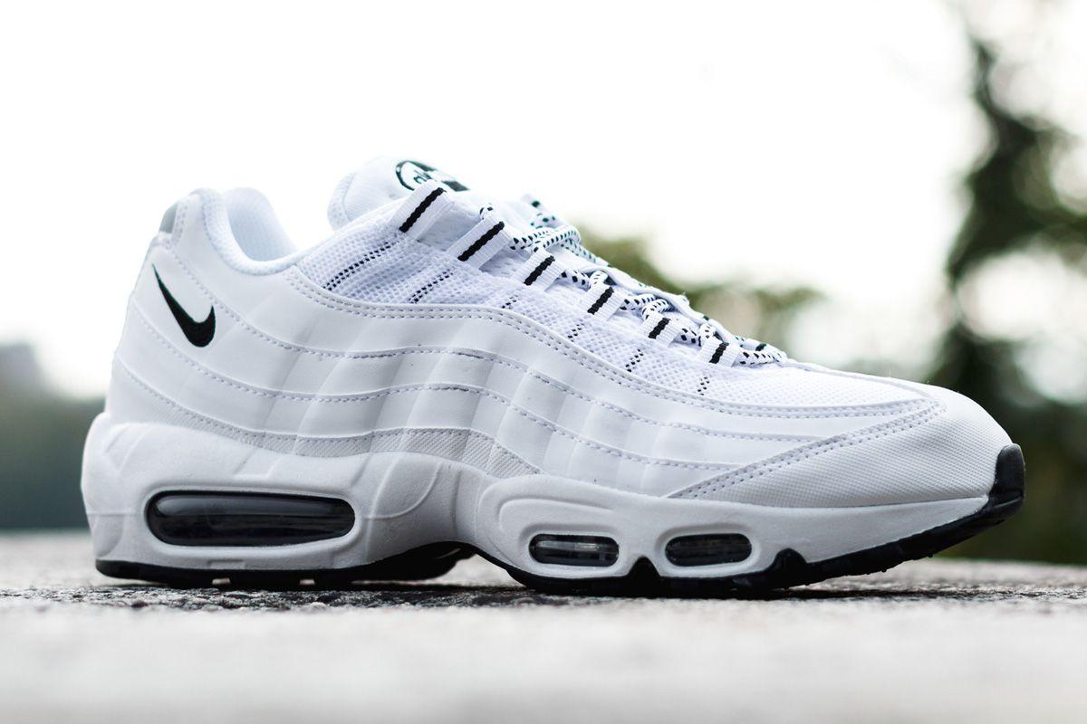 "Nike Air Max 95 ""White & Black"""