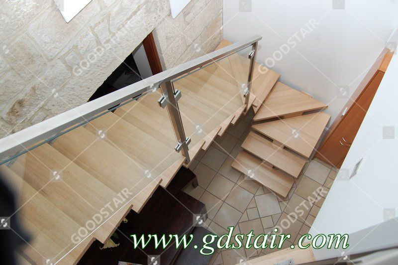 Best The Wooden Steps And The Glass Railing You Can Make A Big 400 x 300