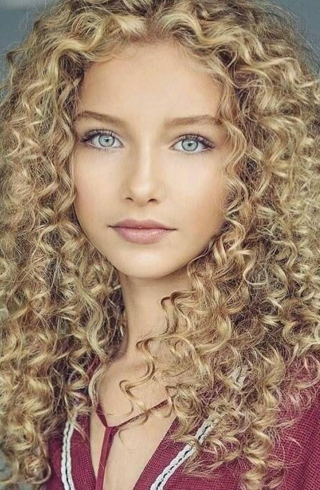 Curly Hair Styles Naturally Beauty Girl Beautiful Eyes