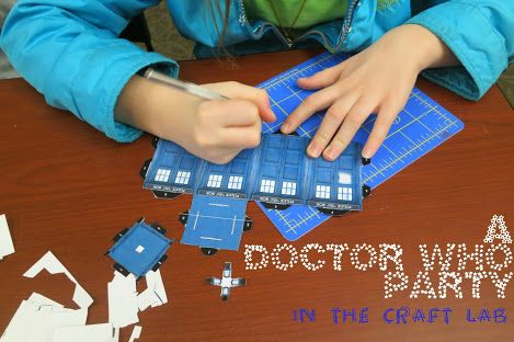 http://librarymakers.blogspot.com/2013/11/craft-lab-dr-who-party.html
