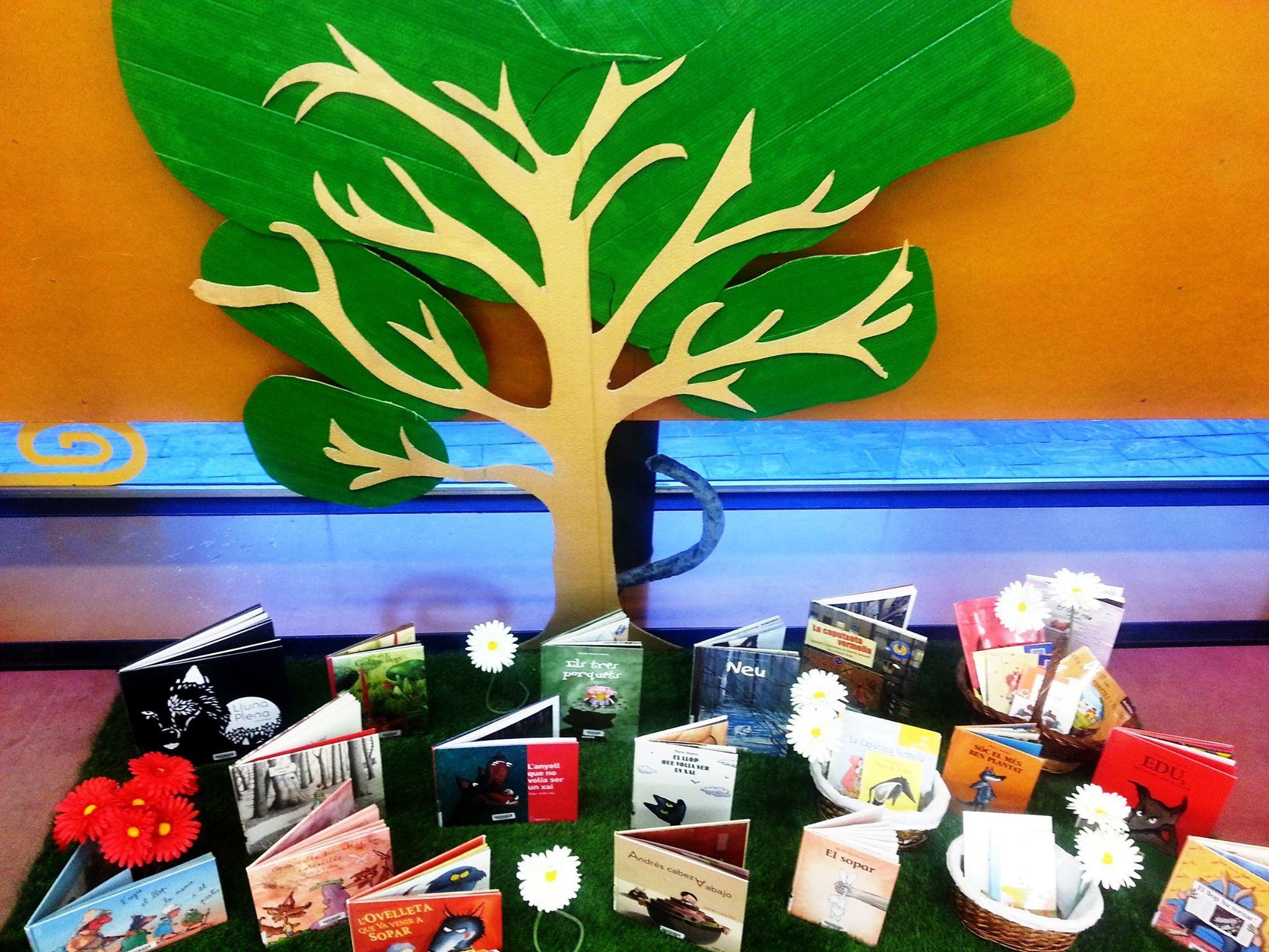 Exposició llibres infantils. Biblioteques de Granollers. http://goo.gl/gmbcIj
