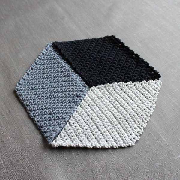 Geometrische Häkeldecke mit 3D-Effekt | Häkeln 1 | Pinterest ...