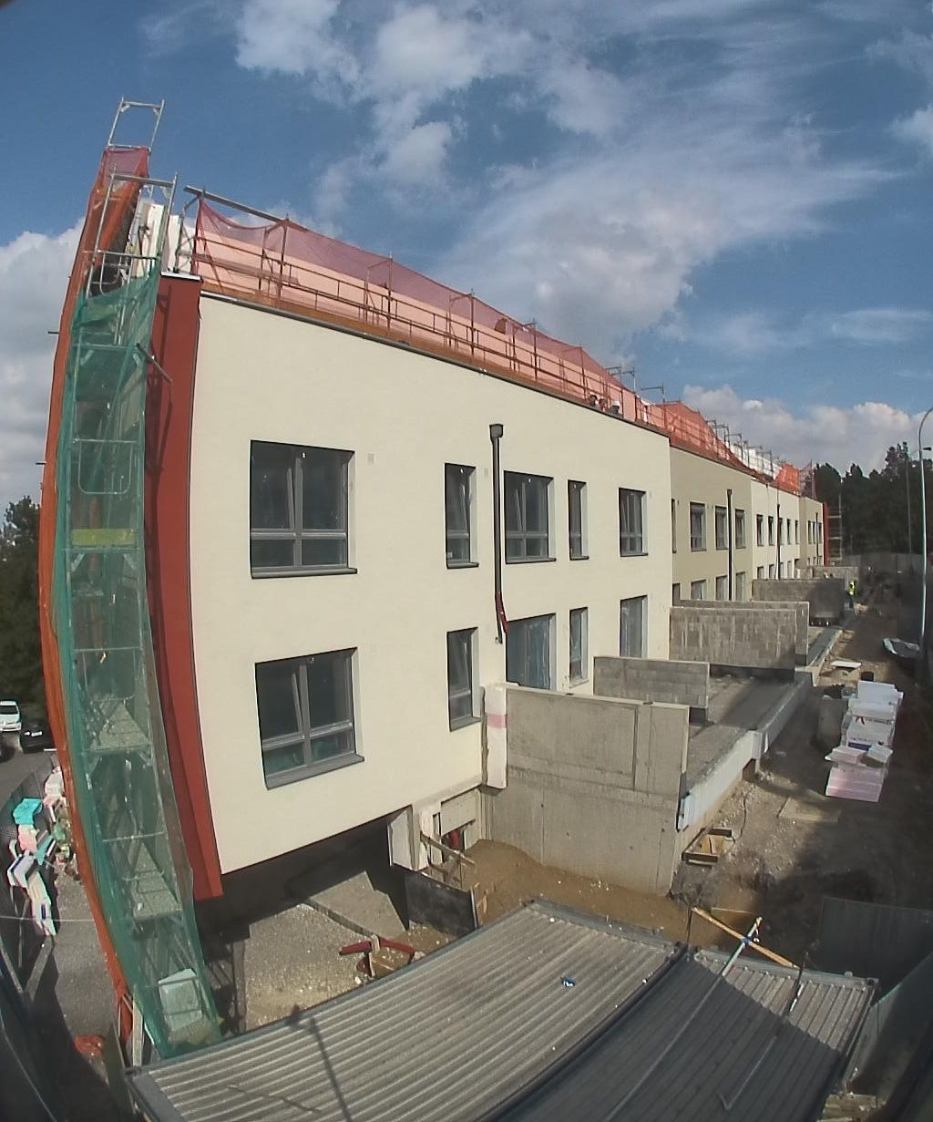 More Apartments Under Construction In Warner Center: The Construction Of The Project Panorama Pražačka In