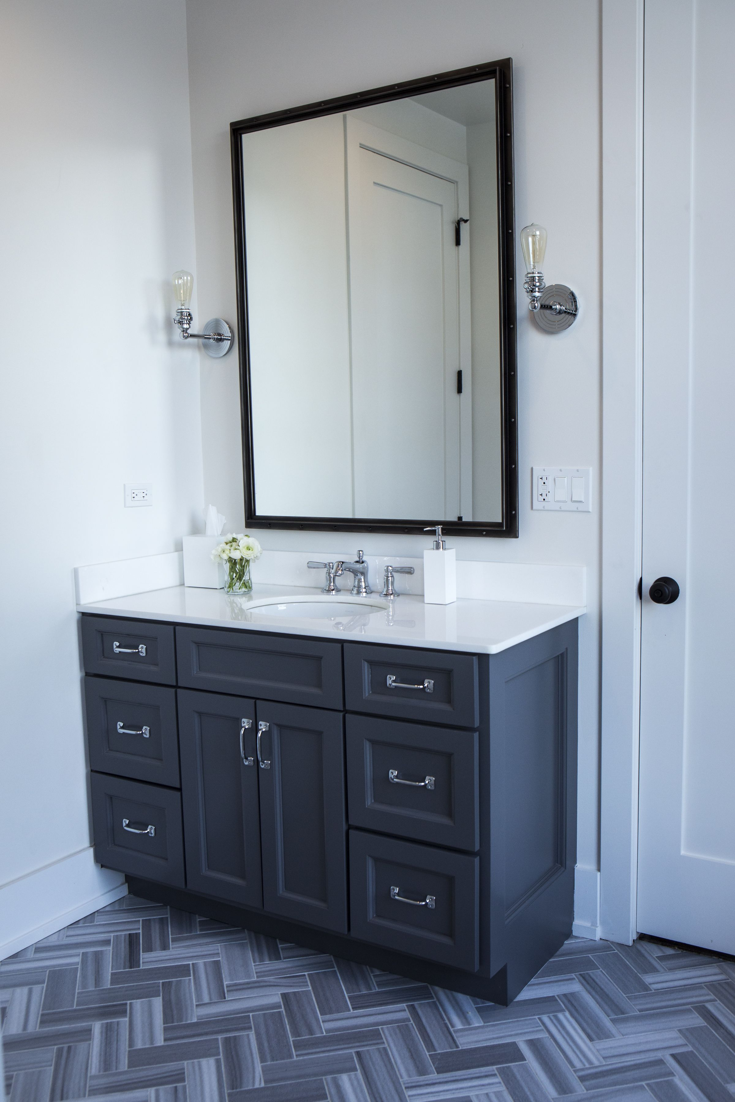 Alexandra Kaehler Design - bathrooom before and after - Photo by ...