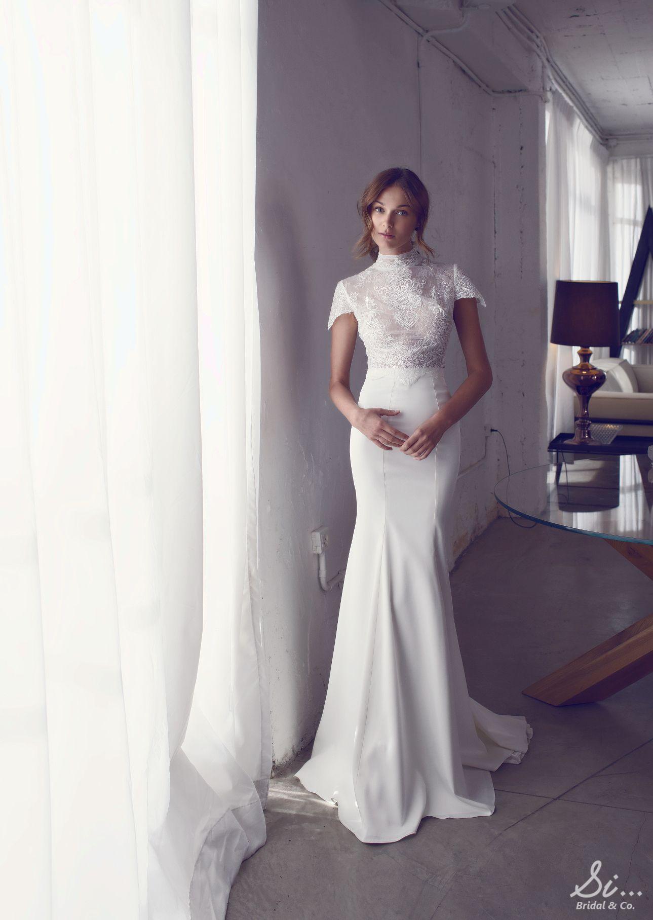 Romi Noya F W 2017 Available At Si Bridal Www Sibridal Com Sibridal Noyabridal Noya Rikidalal Bridal Wedding Dresses Designer Wedding Dresses Bridal
