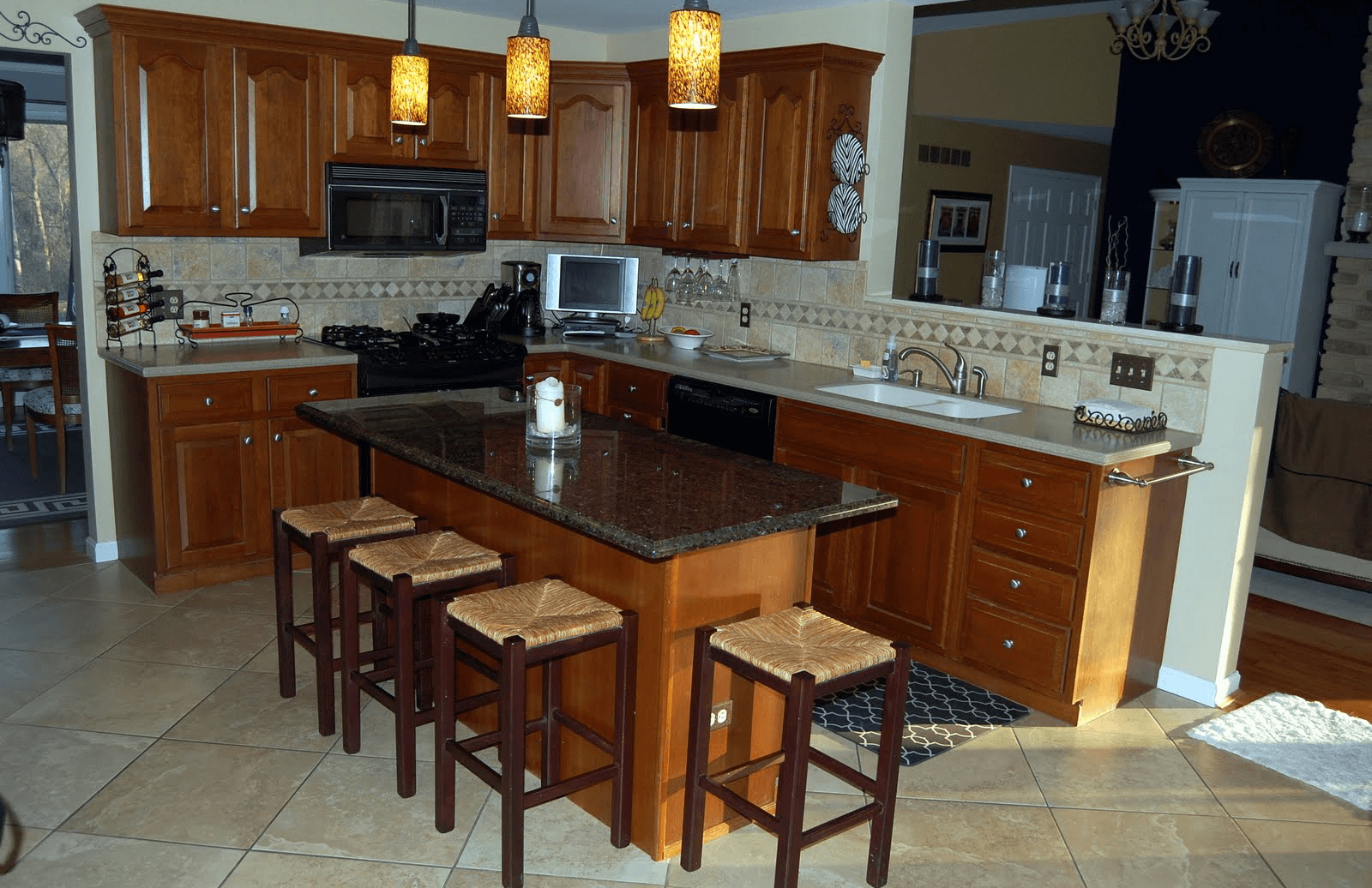 Incroyable Unique Design Kitchen Island With Breakfast Bar And Granite Top With Wax As  Decoration
