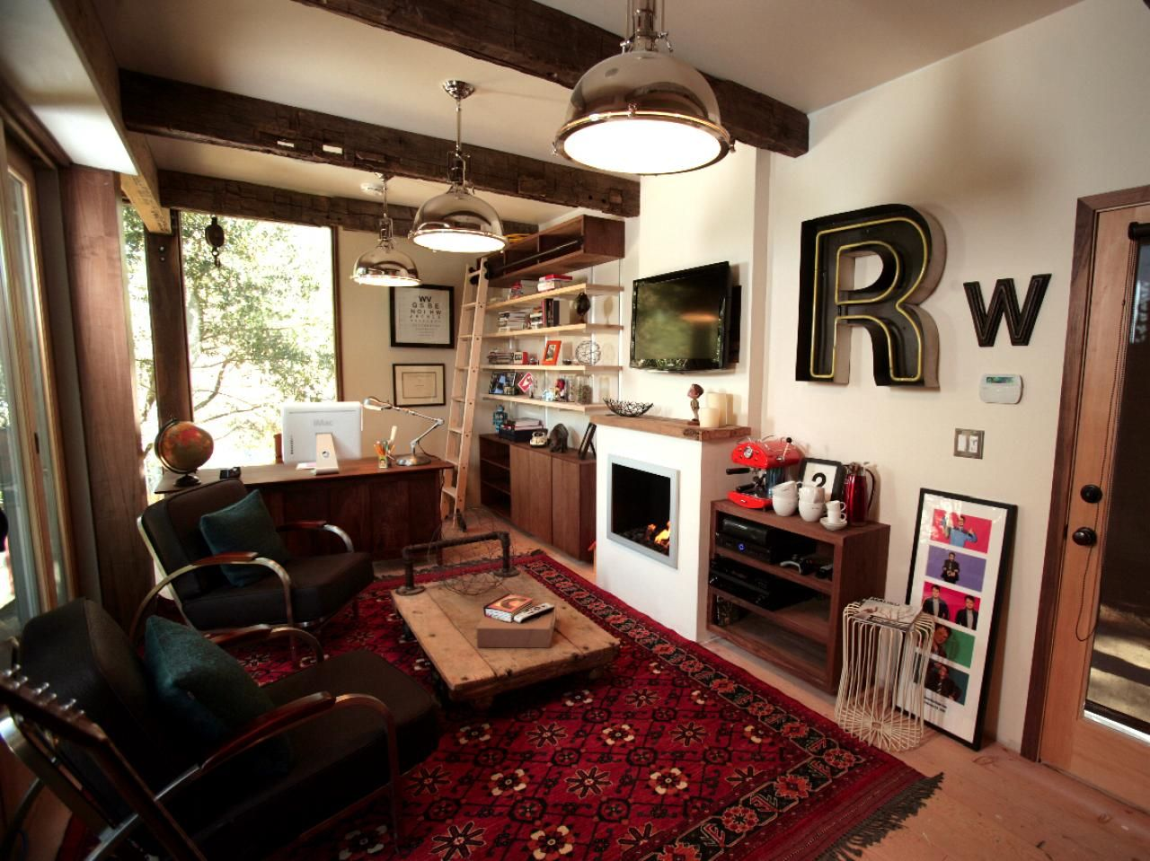 Rainn Wilson S Home Office Man Cave Small Room Design Small