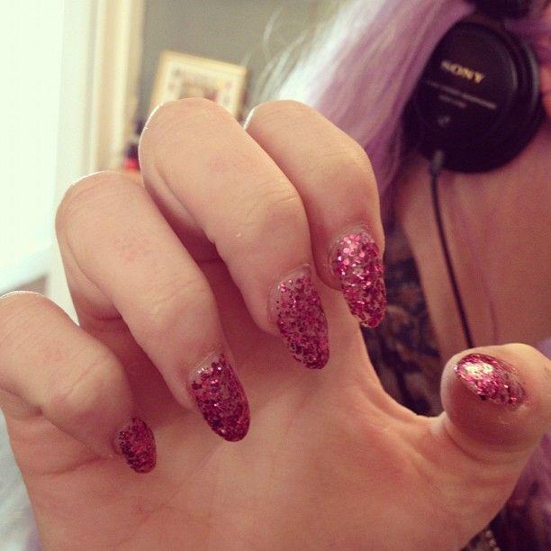 Glitter Talons by Rachel at Powder Beauty Boutique