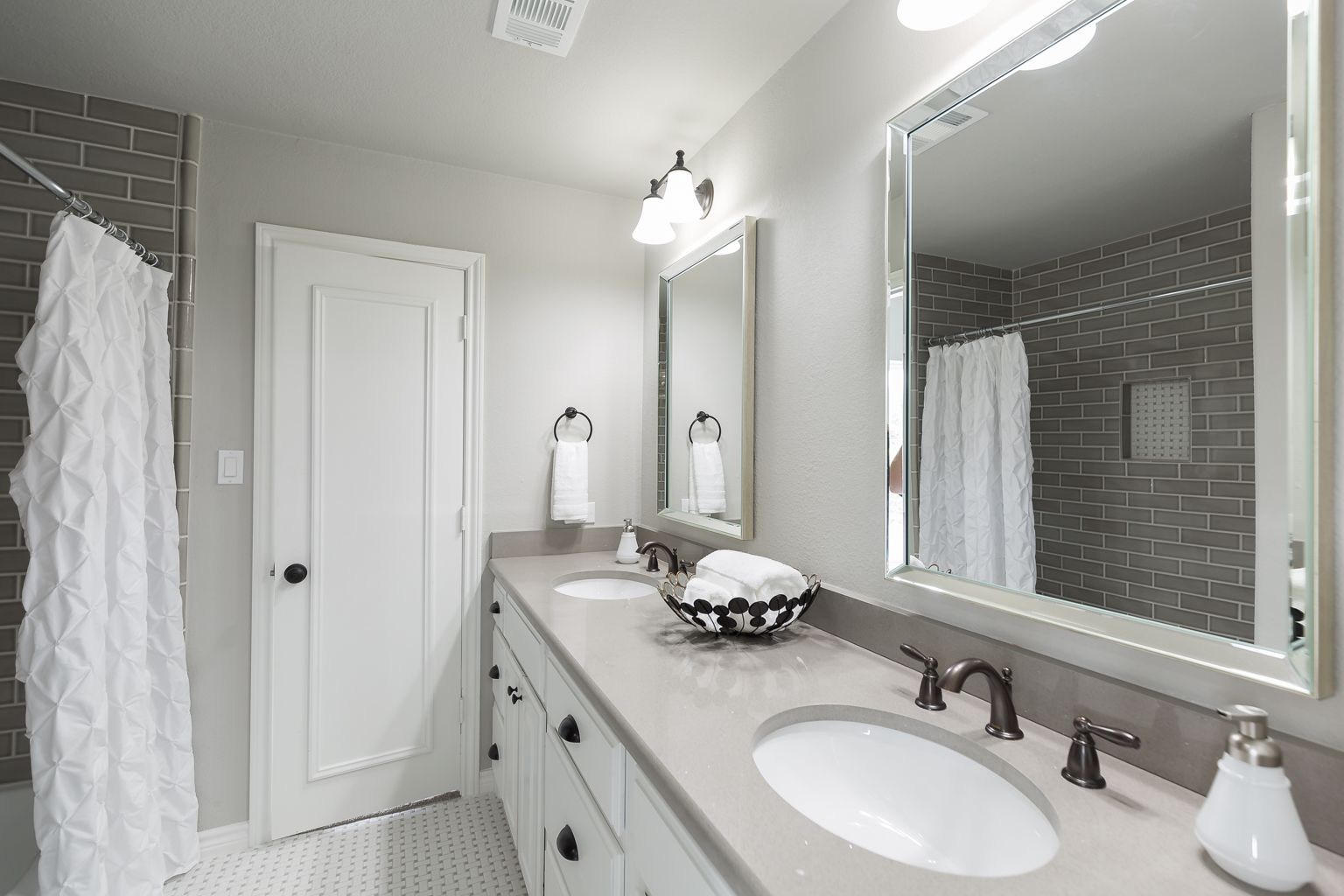 Floor And Decor Subway Tile Fascinating Jack And Jill Walls  Repose Gray Sw 7015 Trim  Pure White Design Ideas