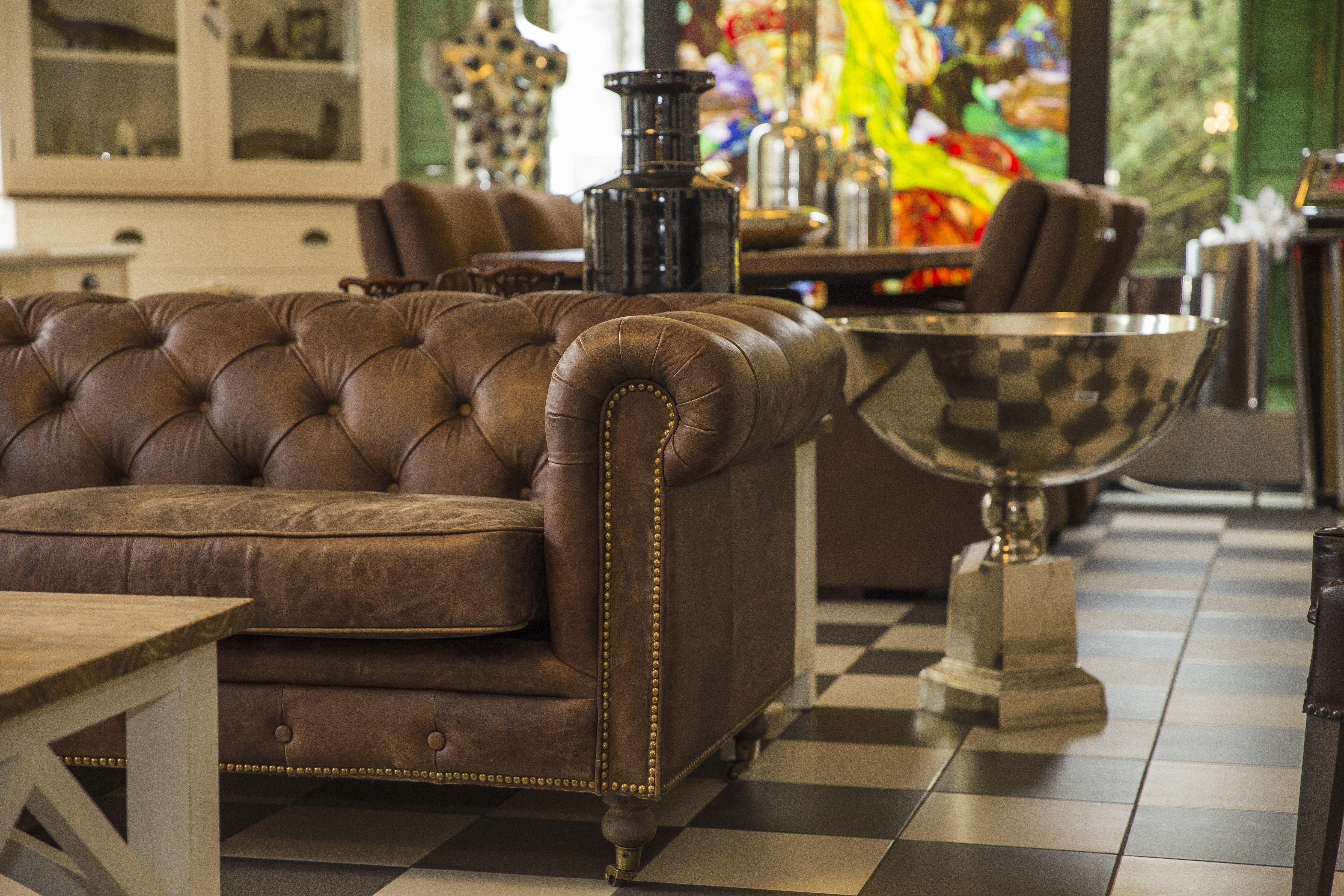 Impressionen aus dem Nostalgiepalast Nordhorn chesterfield couch