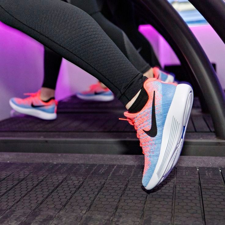 #senior #fitness  Health's senior fitness editor describes what the LunarEpic FlyKnit 2 running shoe...
