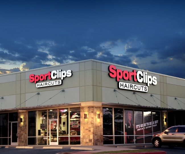 Sport Clips Haircuts Ranked By Forbes As A Best Franchise To Buy For Third Consecutive Year Sport Clips Haircuts Sports Clips Franchise Ideas